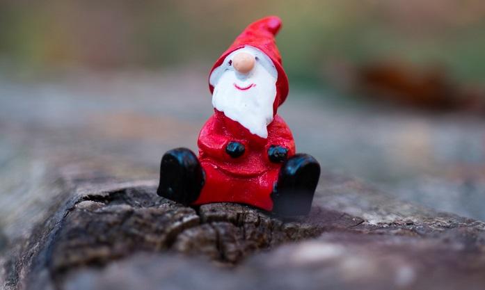 Charity writing digest – Secret Santas, setting goals & taking risks